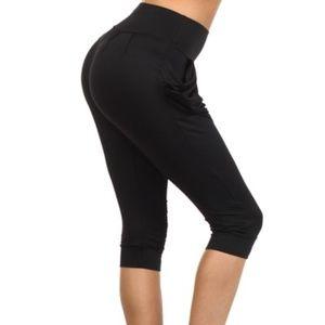 Pants - Yelete Black Harem Capri Pants